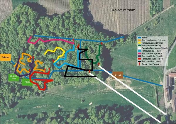 Plan des 12 parcours accrobranche et des deux tyroliennes géantes du Parc Aventure de Fontdouce en Charente-Maritime